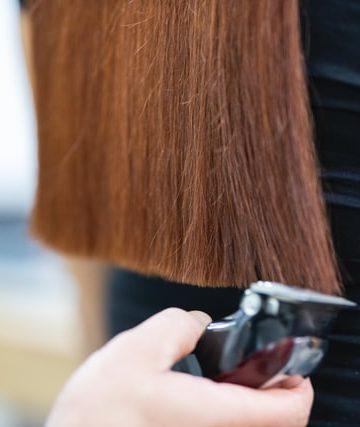 Ile godzin pracuje fryzjer?