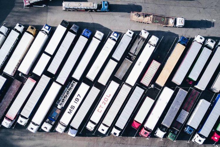Jaki jest najdłuższy możliwy okres udzielania licencji na międzynarodowy transport drogowy?